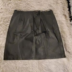 Beautiful black Newport News leather skirt